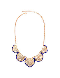 Elegant Gold Color Hollow Out Flowe Shape Decorated Short Chain Necklace