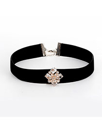Fashion Black Diamonds Decorated Flower Shape Pure Color Necklace