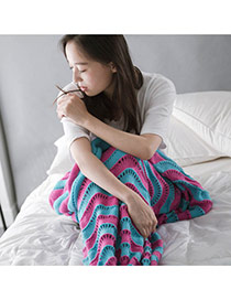 Fashion Blue+pink Wave Stripe Pattern Decorated Color Matching Mermaid Shape Blanket