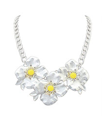 Lovely White+yellow Three Flower Pendant Decorated Short Chain Necklace