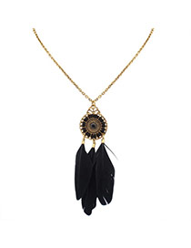 Fashion Black Feathers Pendant Decorated Water Drop Shape Necklace