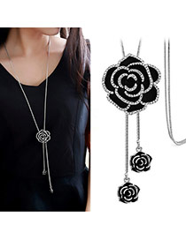 Elegant Black Rose Flower Shape Pendant Decorated Tassel Necklace