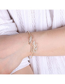 Elegant Gold Color Diamond Decorated Hollow Out Leaf Shape Pure Color Opening Bracelet