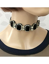 Vintage Black Square Shape Diamond Decorated Simple Choker