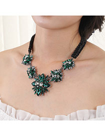 Luxury Green Waterdrop Diamond Decorated Simple Short Chain Necklace