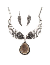 Luxury Black Waterdrop Diamond Pendant Decorated Wing Jewelry Sets