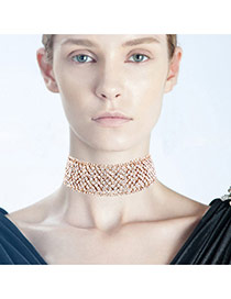 Elegant Gold Color Diamond Weaving Decorated Hollow Out Chocker