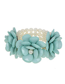 Sweet Blue Flower Shape Decorated Pearl Bracelet