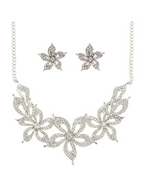 Luxury Silver Color Hollow Out Flower Pendant Decorated Simple Jewelry Sets