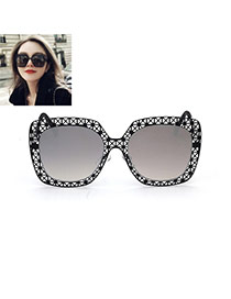 Fashion Silver Color Pure Color Decorated Hollow Out Design Sunglasses