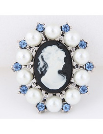 Fashion White+blue Victorian Corolla Pattern Decorated Cimple Brooch