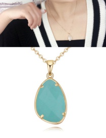 Fashion Light Green Stone Shape Pendant Decorated Necklace
