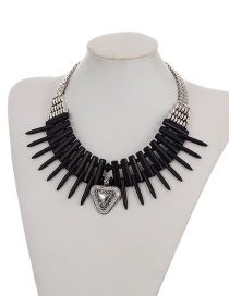 Fashion Black Metal Triangle Pendant Decorated Simple Short Chain Necklace