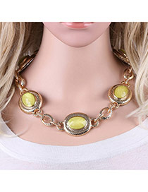 Fashion Green Round Shape Gemstone Decorated Simple Short Chain Necklace