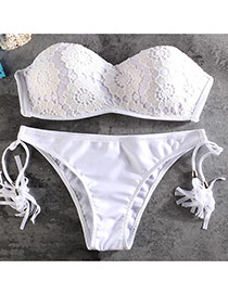 Lovely White Pure Color Decortaed Simple Two -piece Swimwear