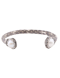 Fashion White Round Shape Diamond Decorated U Shape Bracelet