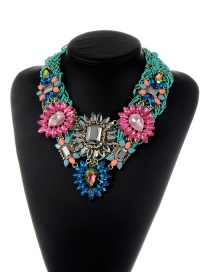 Trendy Green Geometric Shape Diamond Decorated Flower Design Necklace