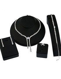 Elegant Silver Color Round Shape Diamond Decoarted Simple Jewelry Sets