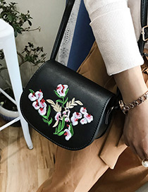 Fashion Black Embroidery Flower Decorated Simple Shoulder Bag