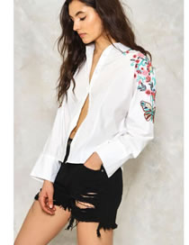 Fashion White Embroidery Butterfly Decorated Long Sleeves Blouse